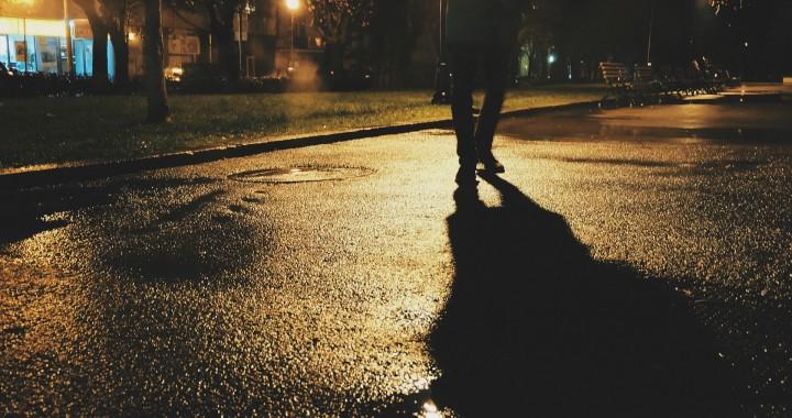 pedestrian-925850_1920